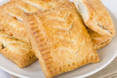 Фото №9 - Три оригинальных рецепта пирожков с картофелем и немного занимательных фактов о продукте
