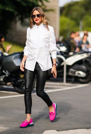 Фото №11 - С чем носить белую рубашку: стильные идеи на любой случай