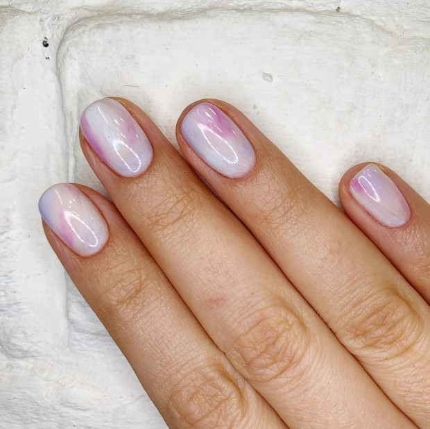Фото №2 - 5 правил маникюра для коротких ногтей