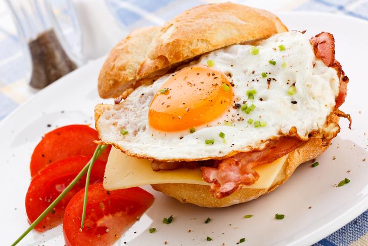 Фото №4 - Все гениальное просто: 7 рецептов сэндвичей на любой вкус