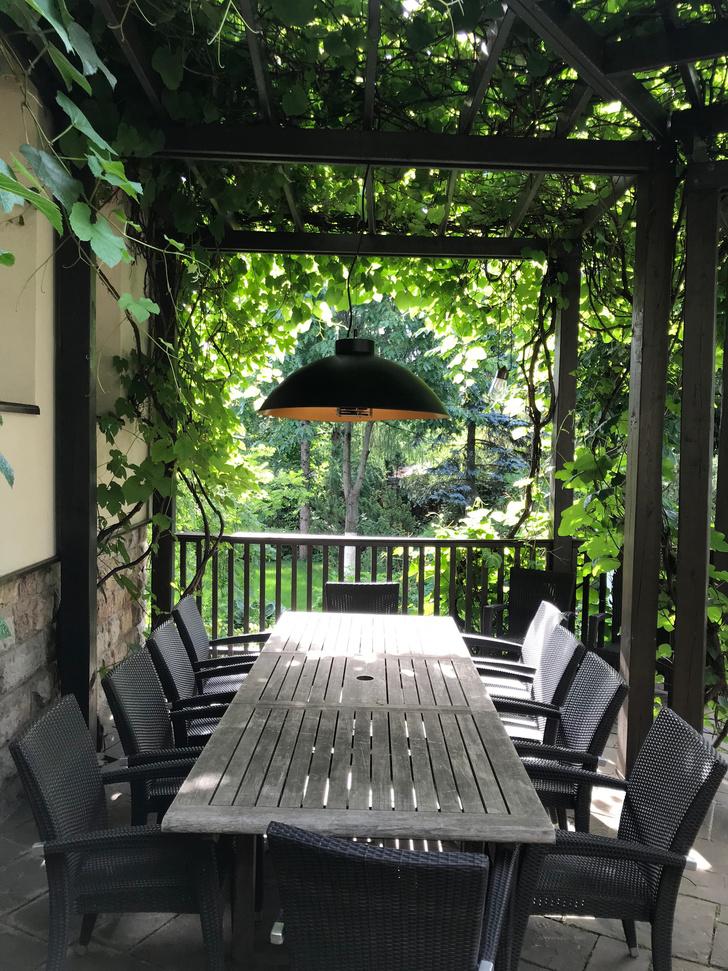 Фото №2 - ELLE DECORATION в саду у дизайнера Ирины Глик