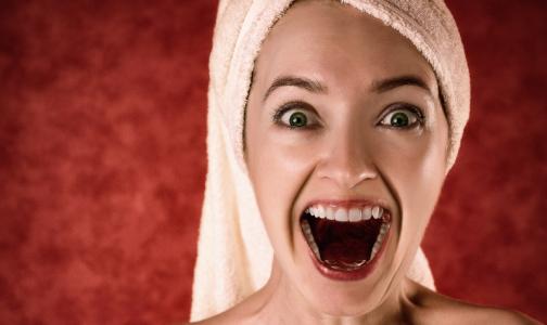 Фото №1 - Врачи рассказали, почему не надо полоскать рот после чистки зубов
