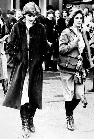 Фото №4 - Герцогиня Камилла выстраивает доверительные отношения с Меган Маркл. Зачем?