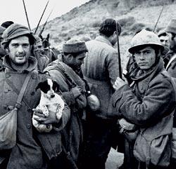Фото №4 - Испания: католичество против коммунизма