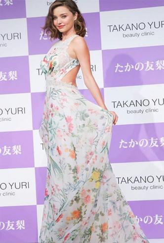 Фото №4 - Свадебное платье мечты: 10 трендов с Bridal Fashion Week SS19 в Нью-Йорке
