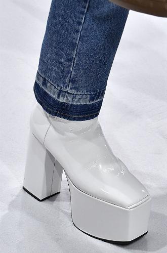 Фото №88 - Самая модная обувь сезона осень-зима 16/17, часть 1
