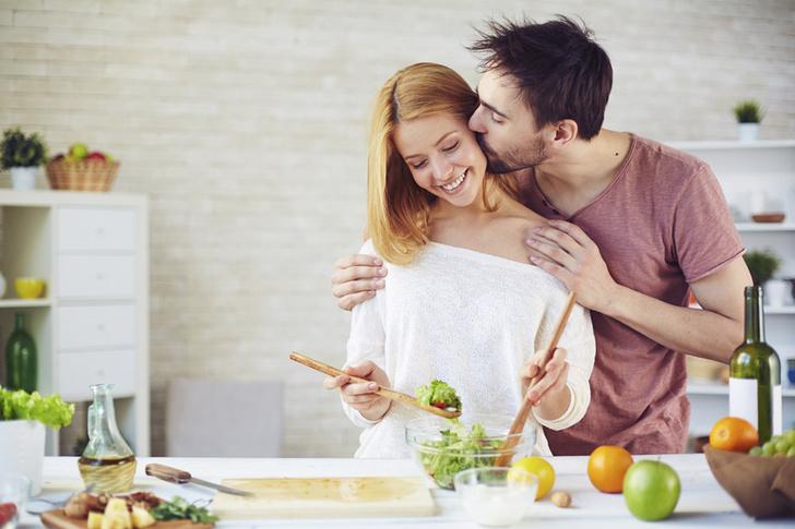 Фото №1 - Женщины одинаково счастливы как в гражданском, так и в официальном браке