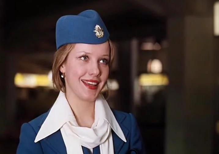 Фото №4 - Женщины с верху. Все о главном объекте твоих фантазий— стюардессах!