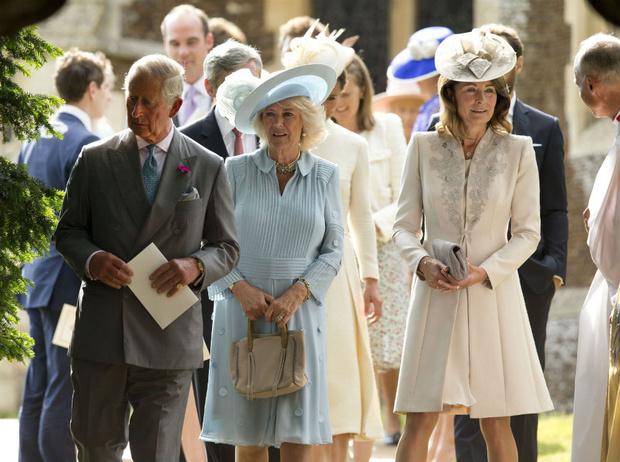 Фото №4 - Виндзоры против Миддлтонов: что принц Чарльз не поделил с мамой Кейт