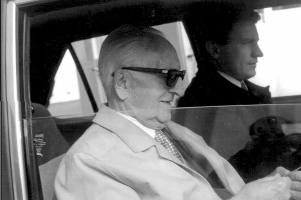 Фото №1 - Почему Энцо Феррари ездил на «Пежо»