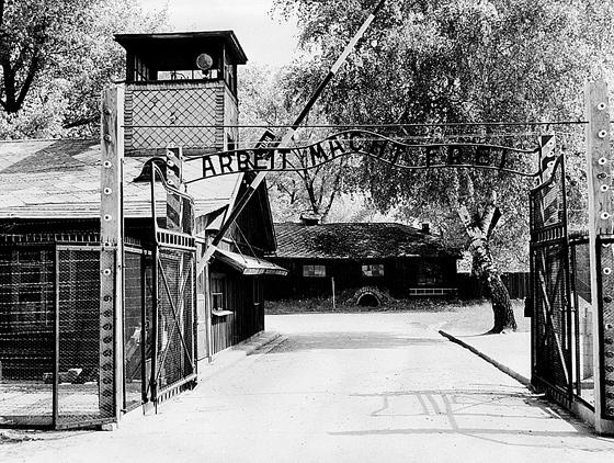 Фото №1 - 27 апреля 1940 по приказу Гиммлера основан крупнейший концлагерь Освенцим