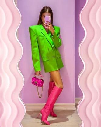 Фото №33 - Как носить ярко-зеленый цвет— самый модный в этом сезоне