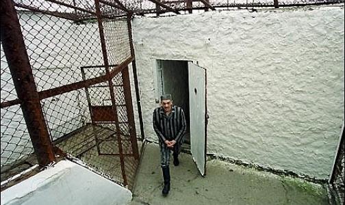 Фото №1 - Четверть заключенных в тюрьмах Петербурга и Ленобласти инфицированы ВИЧ