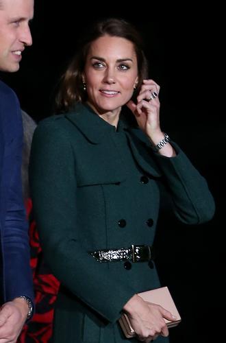 Фото №5 - 6 знаковых нарядов герцогини Кембриджской, которые она носит уже 6 лет