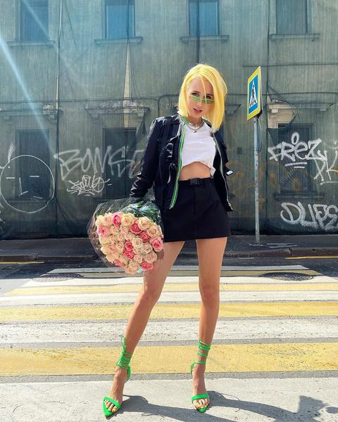 Клава Кока: фото, инстаграм, возраст, песни, салочки