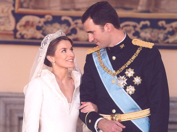 Фото №2 - Королевская метаморфоза: как изменилась Летиция Ортис за 16 лет рядом с Филиппом VI
