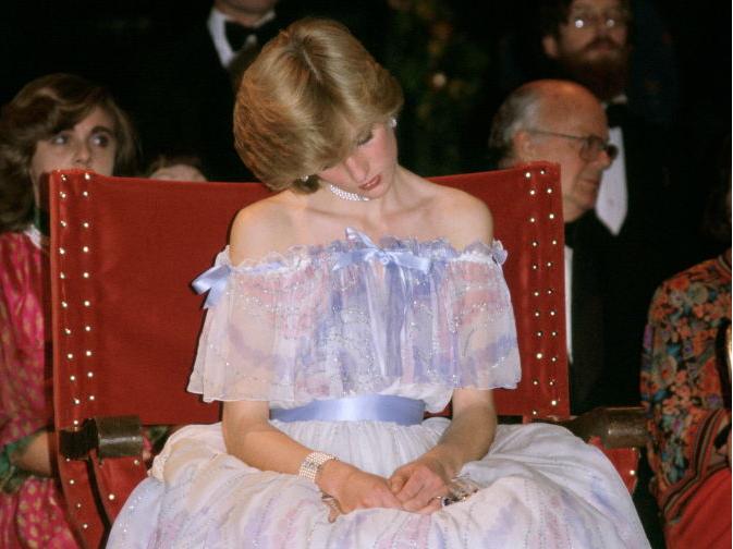 Фото №16 - 10 платьев принцессы Дианы, которые вошли в историю моды и изменили ее