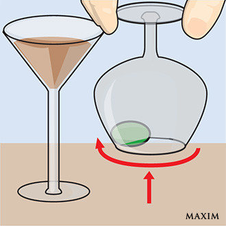 Фото №3 - Элементарный фокус с бокалом и оливкой