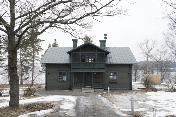 Фото №1 - Лунное безмолвие: дом в серых тонах в Швеции