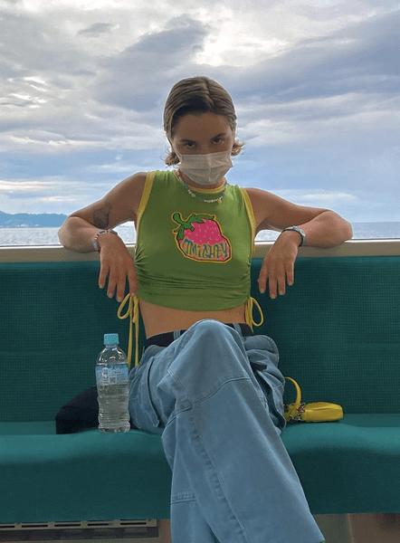 Фото №2 - Девочка из Pinterest: собираем яркий лук в стиле Марьяны Ро