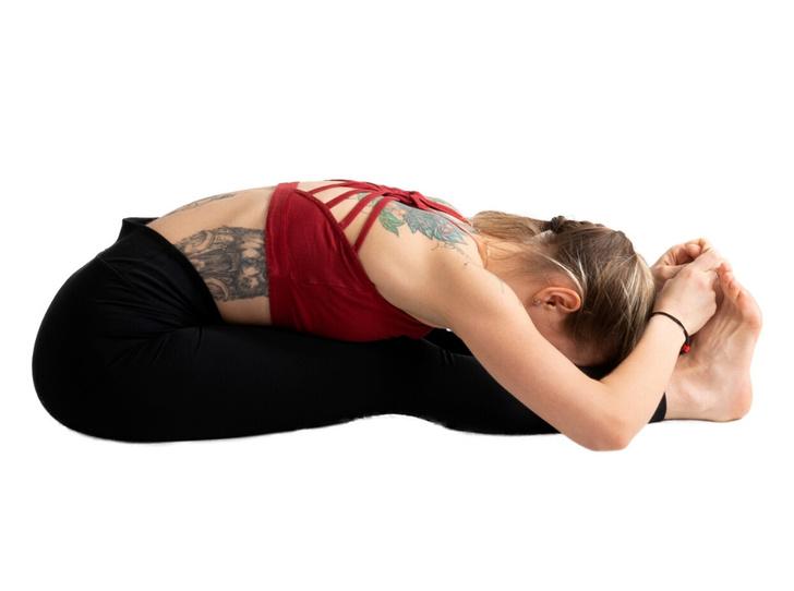 Фото №13 - Йога против стресса: 5 асан, которые помогут успокоиться