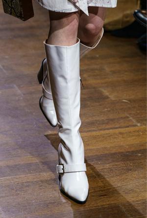 Фото №34 - Самая модная обувь осени и зимы 2019/20