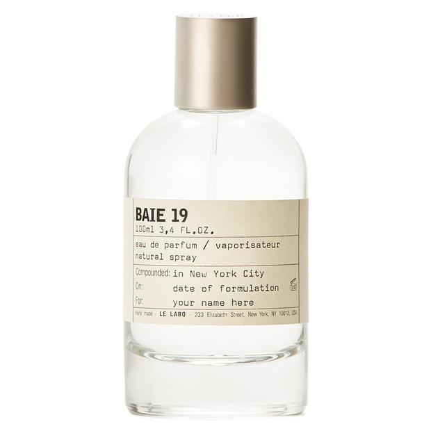 Фото №13 - Что подарить на Новый год: парфюмерный гид MAXIM