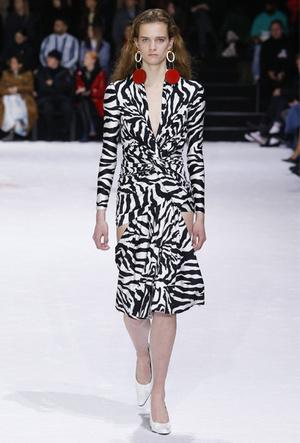 Фото №12 - Полный гид по самым модным платьям для холодного сезона 2018-19