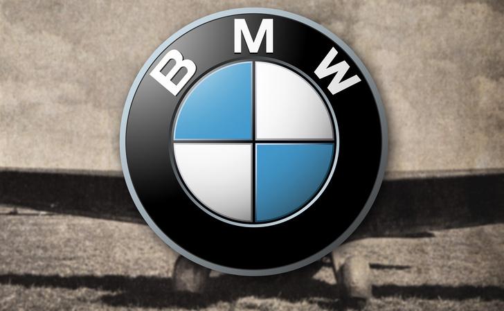 Фото №1 - Почему эмблема BMW— это не пропеллер