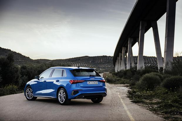 Фото №2 - Новое поколение Audi A3 получило русский ценник