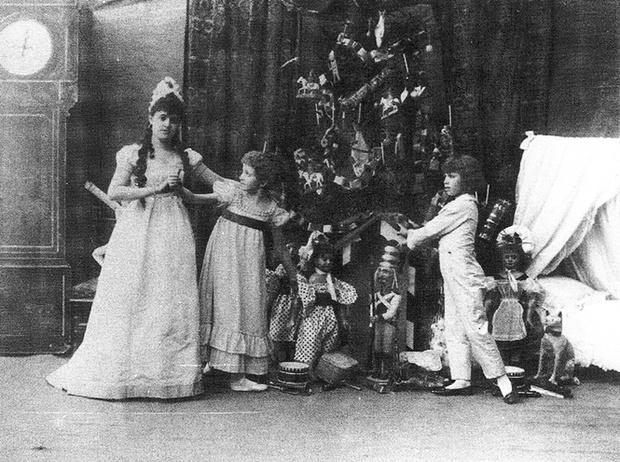 Фото №1 - Как отмечали Рождество в Русской императорской семье