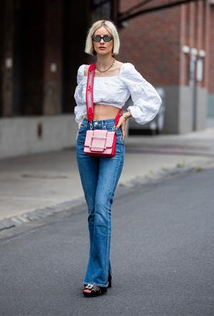 Фото №13 - Как выбрать идеальные джинсы по типу фигуры