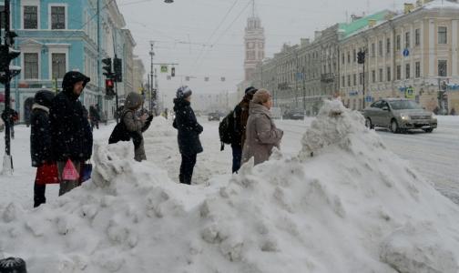 Фото №1 - В Петербурге начался сезон «зимних» травм