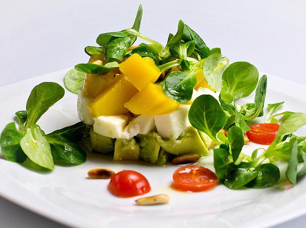 Фото №1 - Лучшие рецепты блюд из авокадо