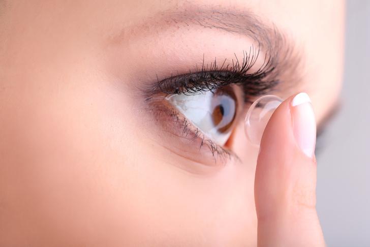 Фото №1 - Запатентованы первые в мире контактные линзы со встроенной камерой