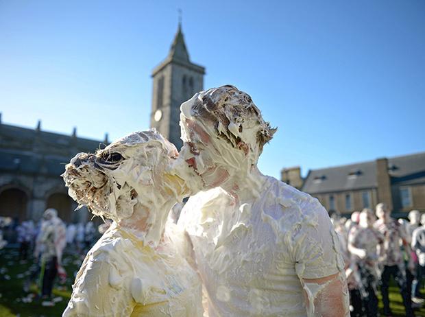 Фото №20 - Где учились принц Уильям, Кейт Миддлтон и Амелия Виндзор: лучшие британские университеты (часть 2)