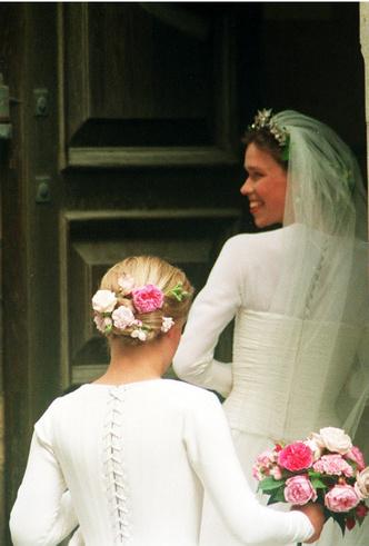 Фото №6 - «Эльфийская» свадьба: как выходила замуж единственная племянница Королевы