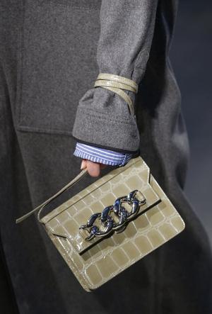 Фото №11 - Самые модные сумки осени и зимы 2020/21