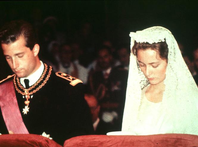 Фото №5 - Пять королевских невест, отказавшихся от тиары на свадьбе