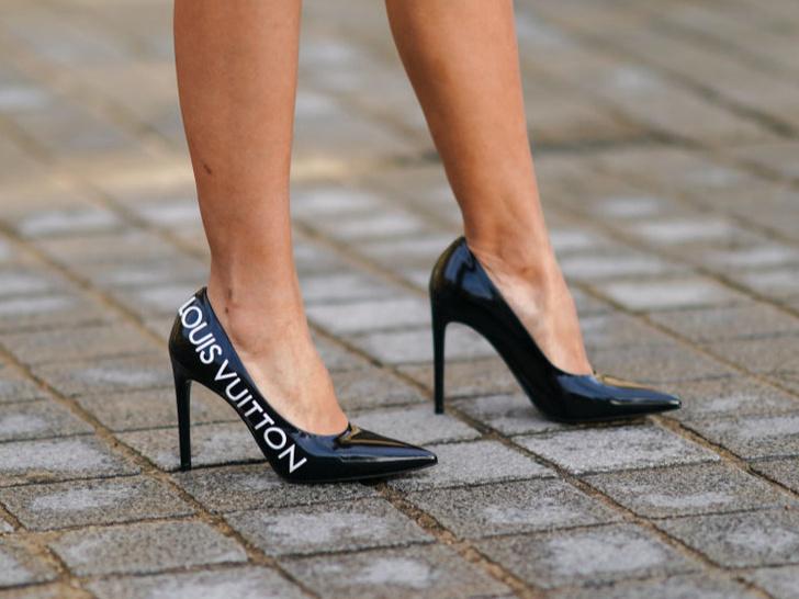Фото №5 - Лоферы, мюли и другие виды самой удобной обуви для девушек