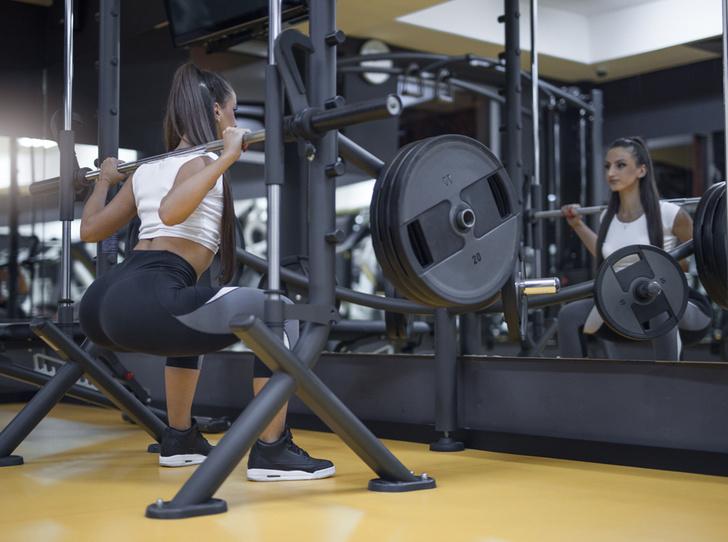 Фото №1 - Пять лучших тренажеров для тренировки ягодиц (упражнения прилагаются)