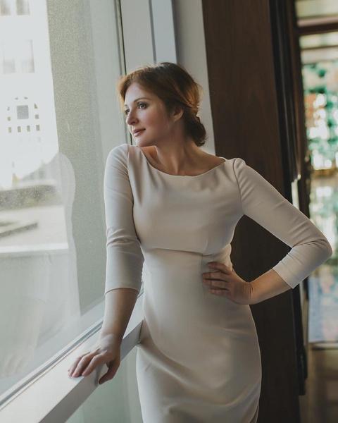Фото №1 - Нормально ли идти в кино в одиночестве: Анна Банщикова отвечает на вопрос с форума Woman.ru