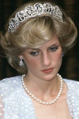Фото №9 - Прекрасная Диана: главные beauty-приемы принцессы