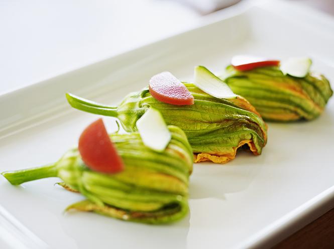 Фото №4 - Цветы на обед: рецепты знакомых блюд с новыми ингредиентами