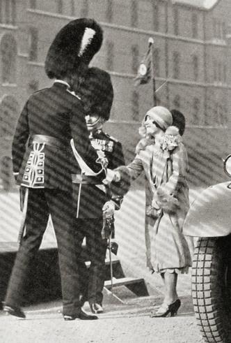 Фото №4 - Высокое положение: какого роста члены британской королевской семьи