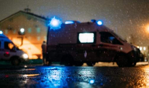 """Фото №1 - """"Пациенты живы"""". Скорая помощь Омска смогла спасти пациентов только после акции протеста перед местным минздравом"""