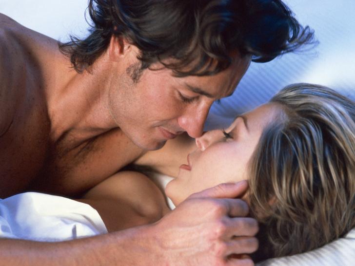 Фото №5 - 6 причин, почему секс становится скучным (и как это исправить)