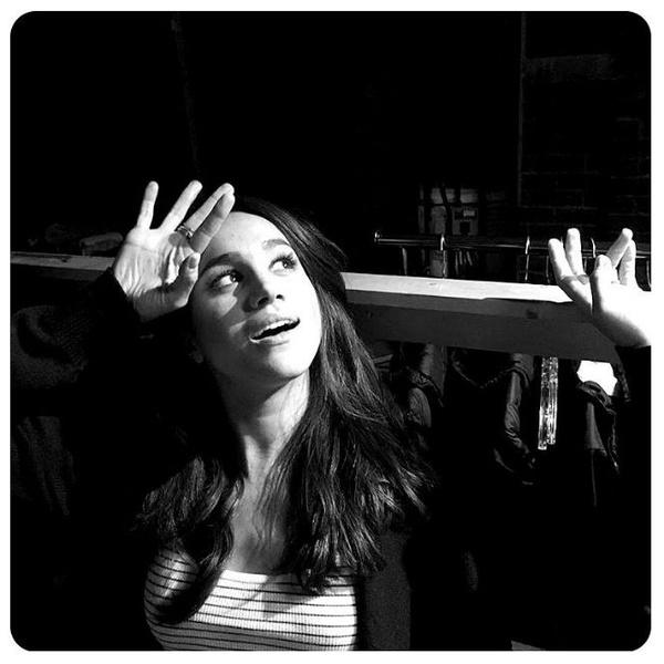 Фото №13 - 5 бьюти-привычек Меган Маркл и 10 ее любимых средств