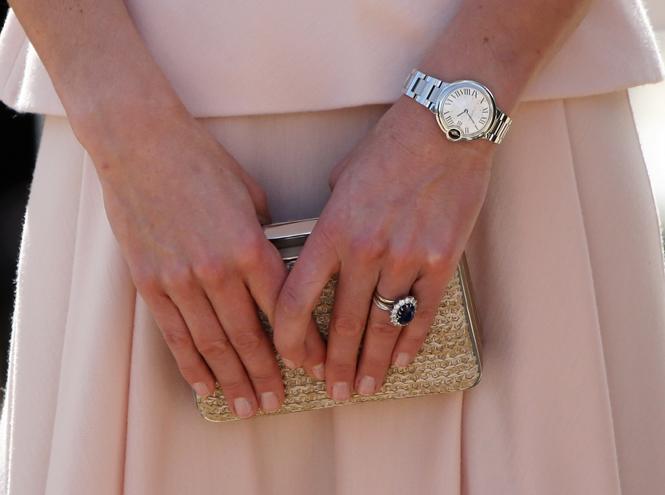Фото №2 - Правила королевского маникюра, или Почему Кейт Миддлтон отказалась от ярких лаков