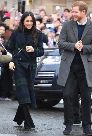 Фото №5 - Принц Гарри и Меган Маркл накануне Дня всех влюбленных приехали в Шотландию